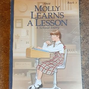 "American Girl ""Molly Learns A Lesson"" Children's S"